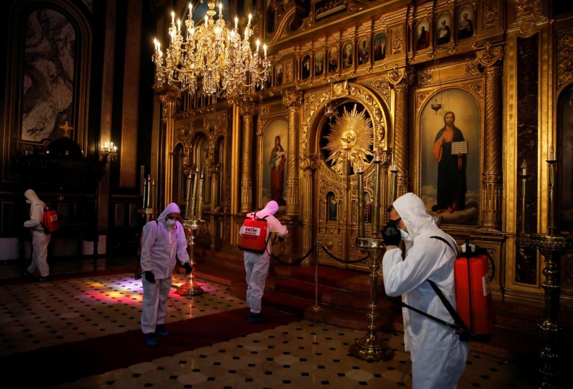 COVID-19: основні загрози для християнства в Україні фото
