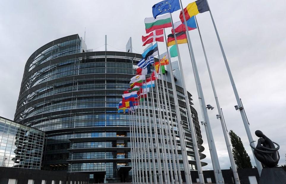 Європарламент Польща